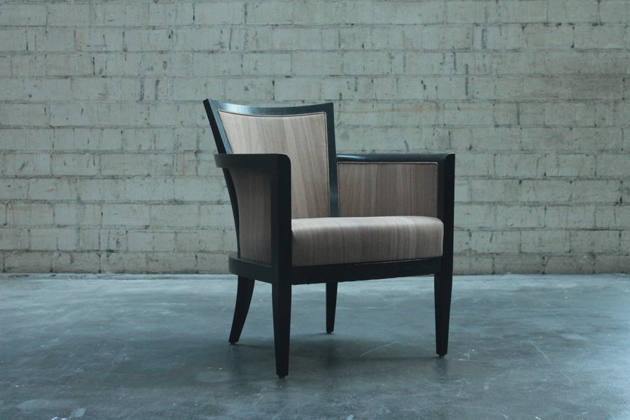 NUO reference upholstery wood veneer chair